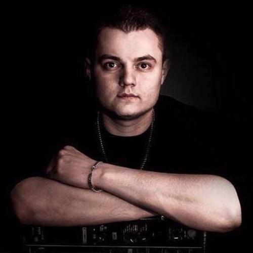 DJ A-TRAXX